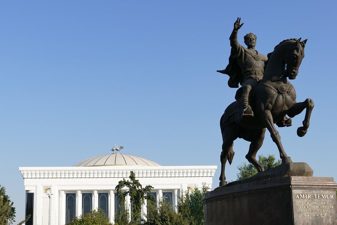 uzbekistan-4580848_12801
